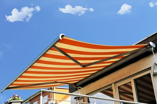 buying-good-awnings-within-a-budget