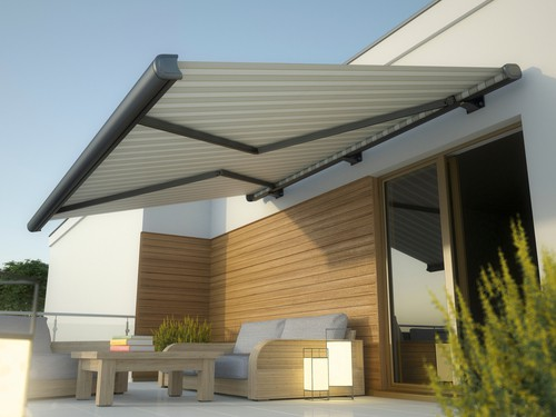 Benefits Of An Awning For Your Deck